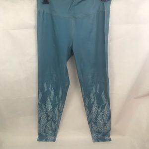 Blue w/ White feather pattern Yoga pants